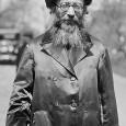 קדושת הארץ בראי הגלות הגלות יוצרת מבט שונה וייחודי על עם ישראל, בחינה חדשה של המציאות הריאלית. עד לגלות, היות עם ישראל […]